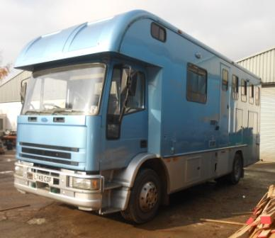 4 horse box for body swap