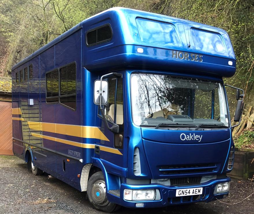Oakley Iveco 7.5t 3 stall